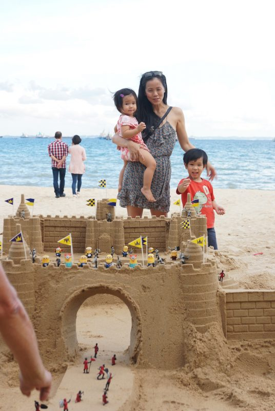 familywithsandcastle-small