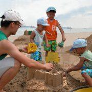 3-familybuildingcastle
