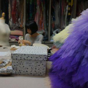 3-wardroberoom-ladyworking-small